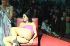 Mastuberen op het podium